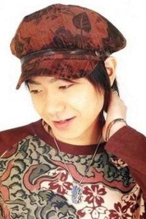 Daisuke Kishio as Loki
