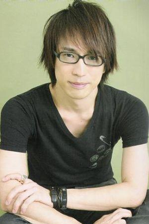 Hiroki Yasumoto as Elfman Strauss