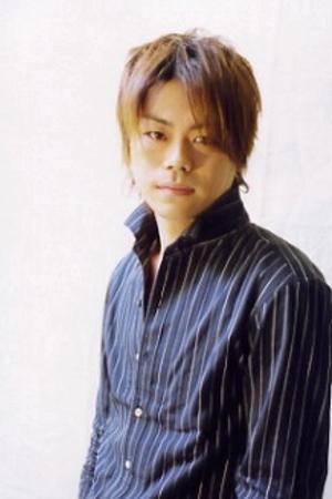 Daisuke Namikawa as Gerard Fernandez