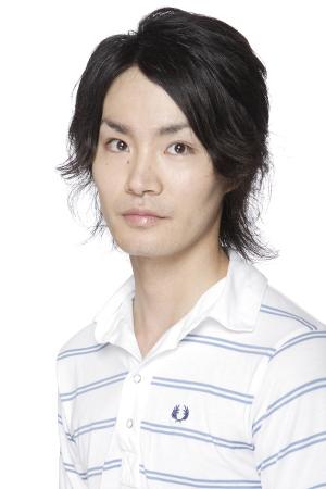 Yoshimasa Hosoya as Reiner Braun
