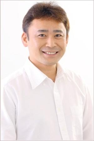 Takagi Wataru as Bellamy & Decken IX Vander