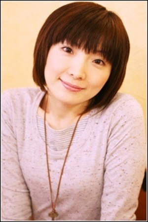 Orikasa Fumiko as Miss Valentine