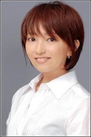 Nakagawa Akiko as Miss Goldenweek