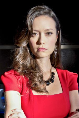 Summer Glau as Isabel Rochev