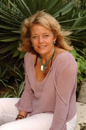 Kathy Vavrick-O'Brien as Kathy