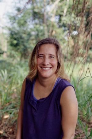 Deena Bennett as Deena