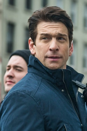 Andy Karl as Mike Dodds