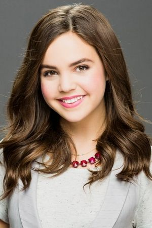 Bailee Madison as Sophia Quinn