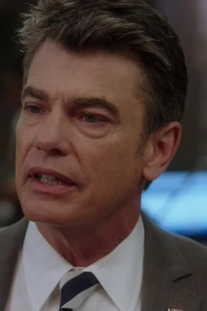 Peter Gallagher as William Dodds