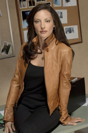 Lola Glaudini as Elle Greenaway