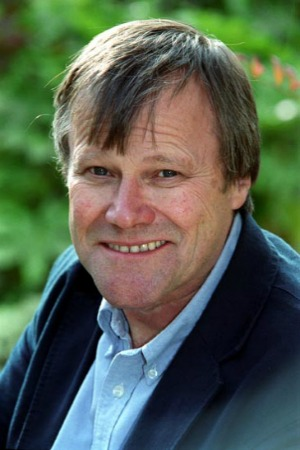 David Neilson as Roy Cropper