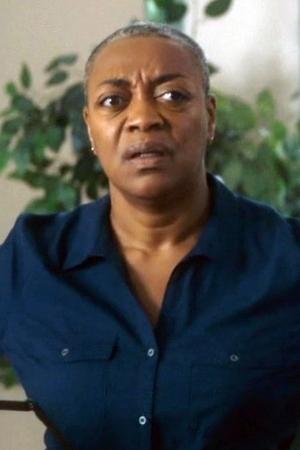 Karen Robinson as Ronnie Lee