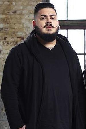 Jhon Campuzano as Jhon Campuzano