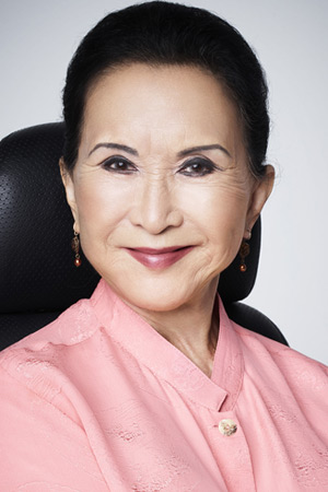 Lucille Soong as Grandma Huang