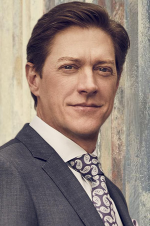 Kevin Rahm as Brooks Avery