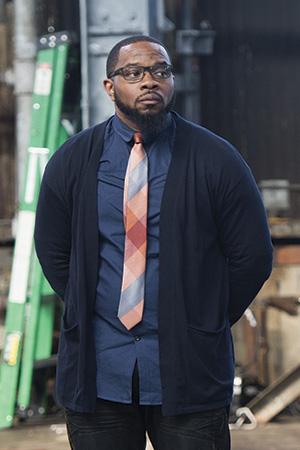 Derrick Verley as Dtatstar