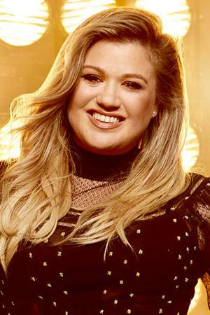 Kelly Clarkson as Kelly Clarkson