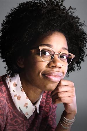 Diona Reasonover as Kasie Hines
